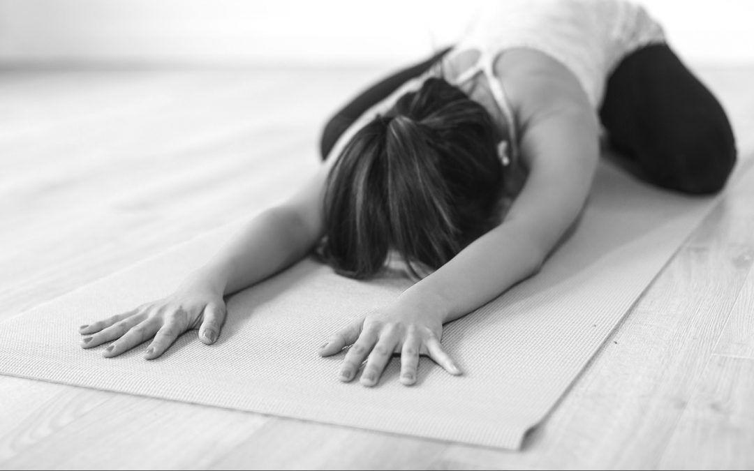 Material necesario para practicar yoga en casa